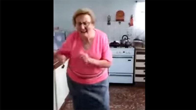 Video: la abuela que baila cumbia hará un show con La Bomba ...