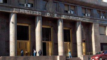 Argentina deberá enfrentar vencimientos de deuda por $900.000 millones