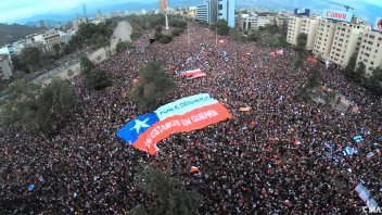 Más de un millón de personas se manifestaron contra el Gobierno de Piñera