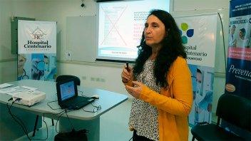 El hospital Centenario evaluó acciones para mejorar la vacunación en la región