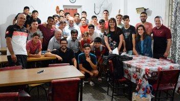 El Becario dará apoyo escolar a deportistas alojados en la pensión de Patronato
