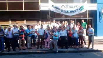 Trabajadores de ATER se manifestaron y piden decretos para mantener los sueldos