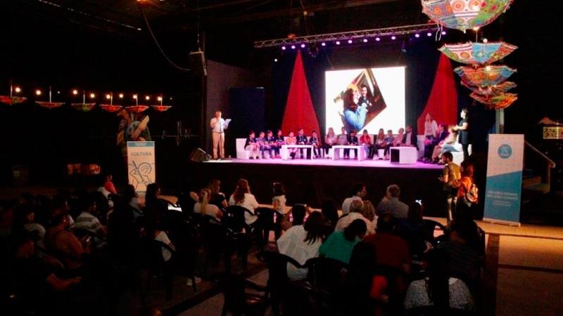 La presentación del proyecto fue en la Fábrica del Arte, en Muñiz.
