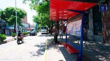 Trasladaron la parada de colectivos de calle España a 25 de Mayo