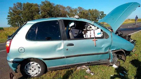 Un hombre sufrió aplastamiento de hueso craneal al volcar el auto que conducía