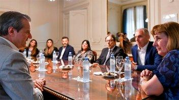 Bahl comunicó que delinea las principales acciones de turismo en Paraná