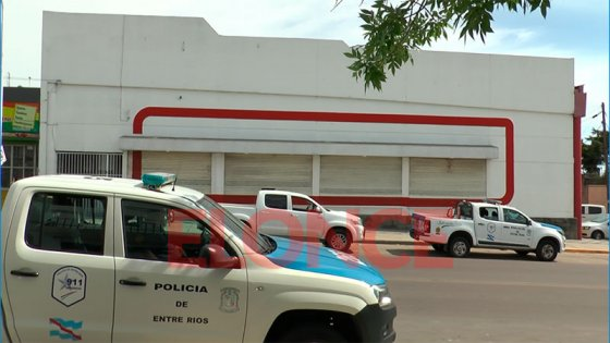 Boqueteros ingresaron a un supermercado de Paraná y robaron dinero