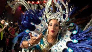 Once por Todos: Batucadas y color con los carnavales de Santa Elena y Hasenkamp
