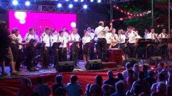 Once por Todos y un cierre a todo ritmo con la Banda de Música de la Policía