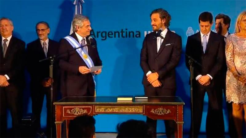Alberto Fernández tomó juramento a sus ministros en la Casa Rosada