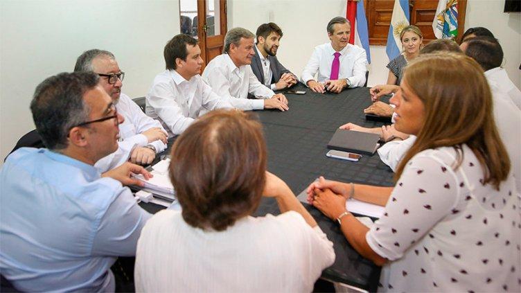 El intendente Bahl encabezó la primera reunión de gabinete