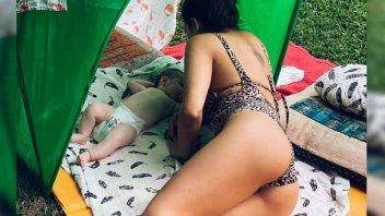 Publicó una foto con su bebé y muchos elogiaron sus atributos físicos