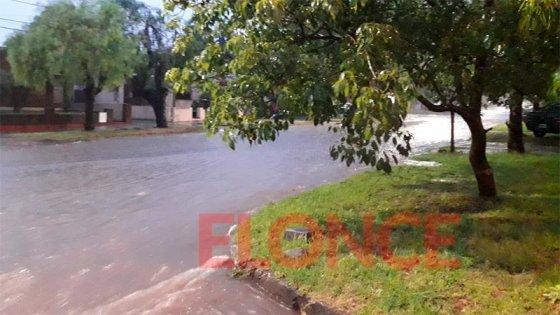 Piden no salir a las calles en Paraná: Los números de teléfono para pedir ayuda