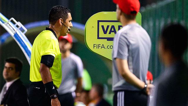 Libertadores: Conmebol cambió al encargado del VAR para la final entre River y Flamengo