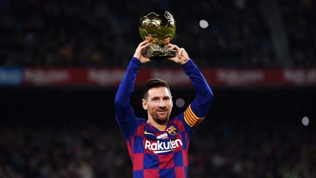 Video: Messi metió un triplete tras su sexto Balón de Oro y Suárez clavó un gol fantástico