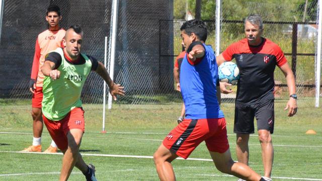 Patronato: Álvarez dio su primera convocatoria pero no confirmó el equipo